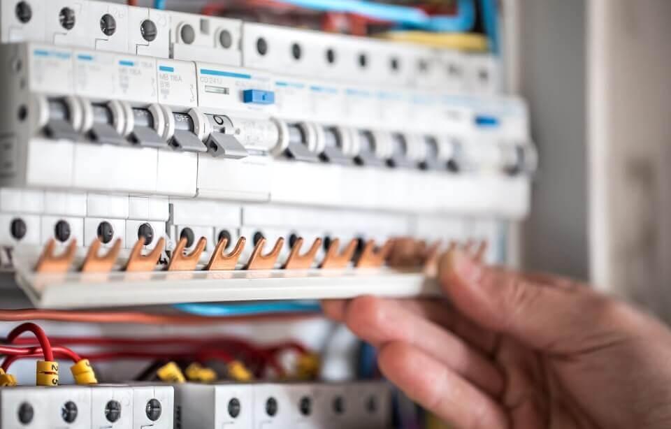 Quina potència elèctrica he de contractar?