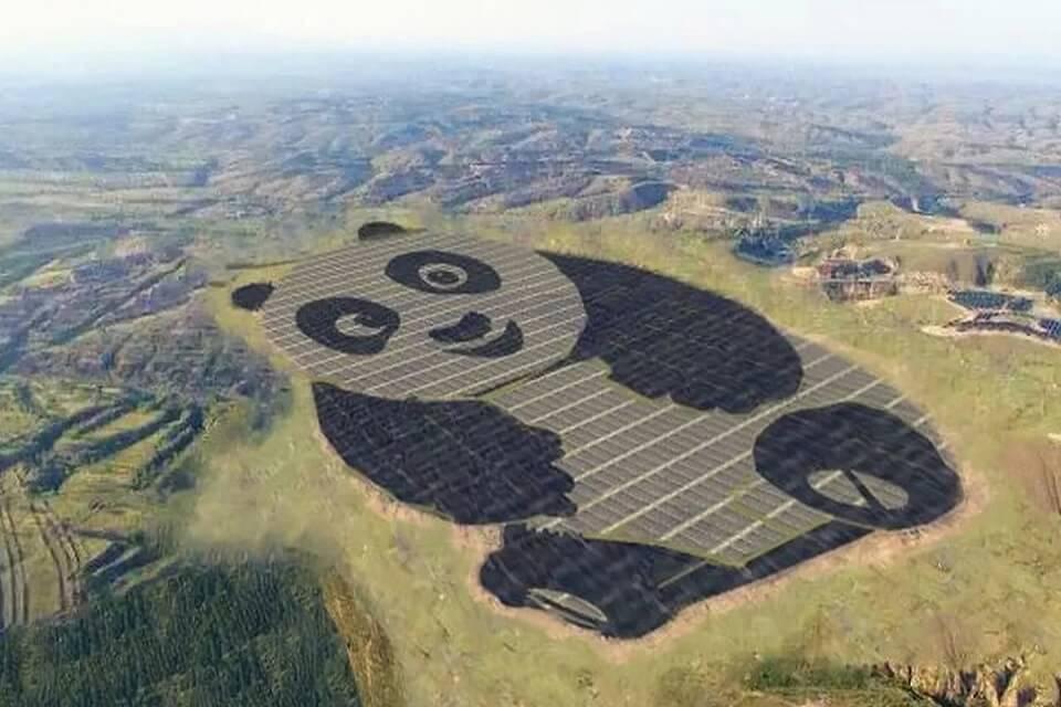 planta solar en forma de oso panda