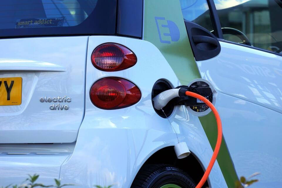 punt de recàrrega cotxe electric