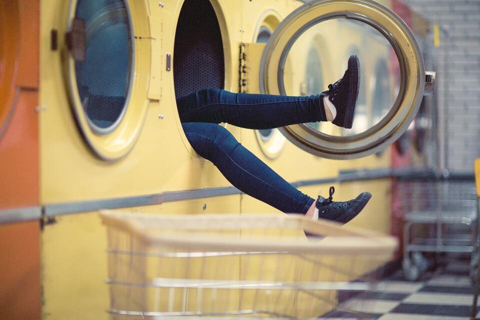 ahorrar al poner la lavadora
