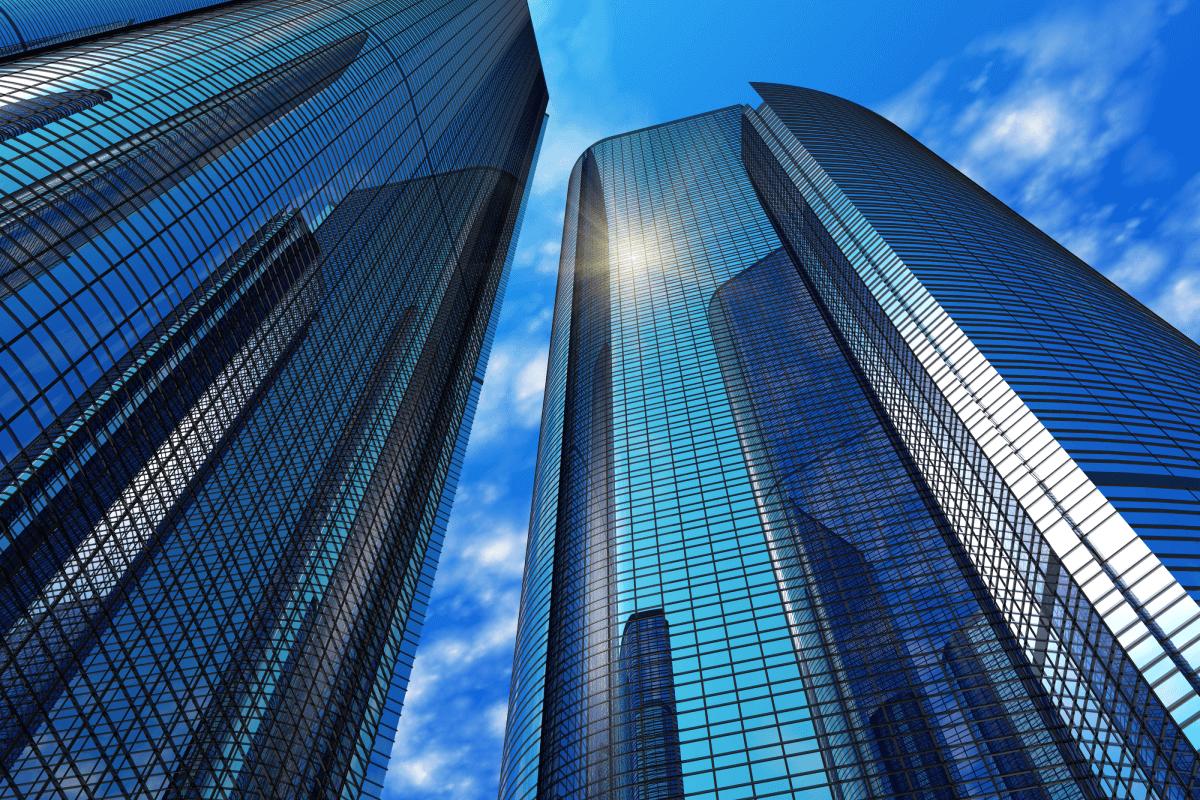 Com millorar l'eficiència energètica a una empresa?